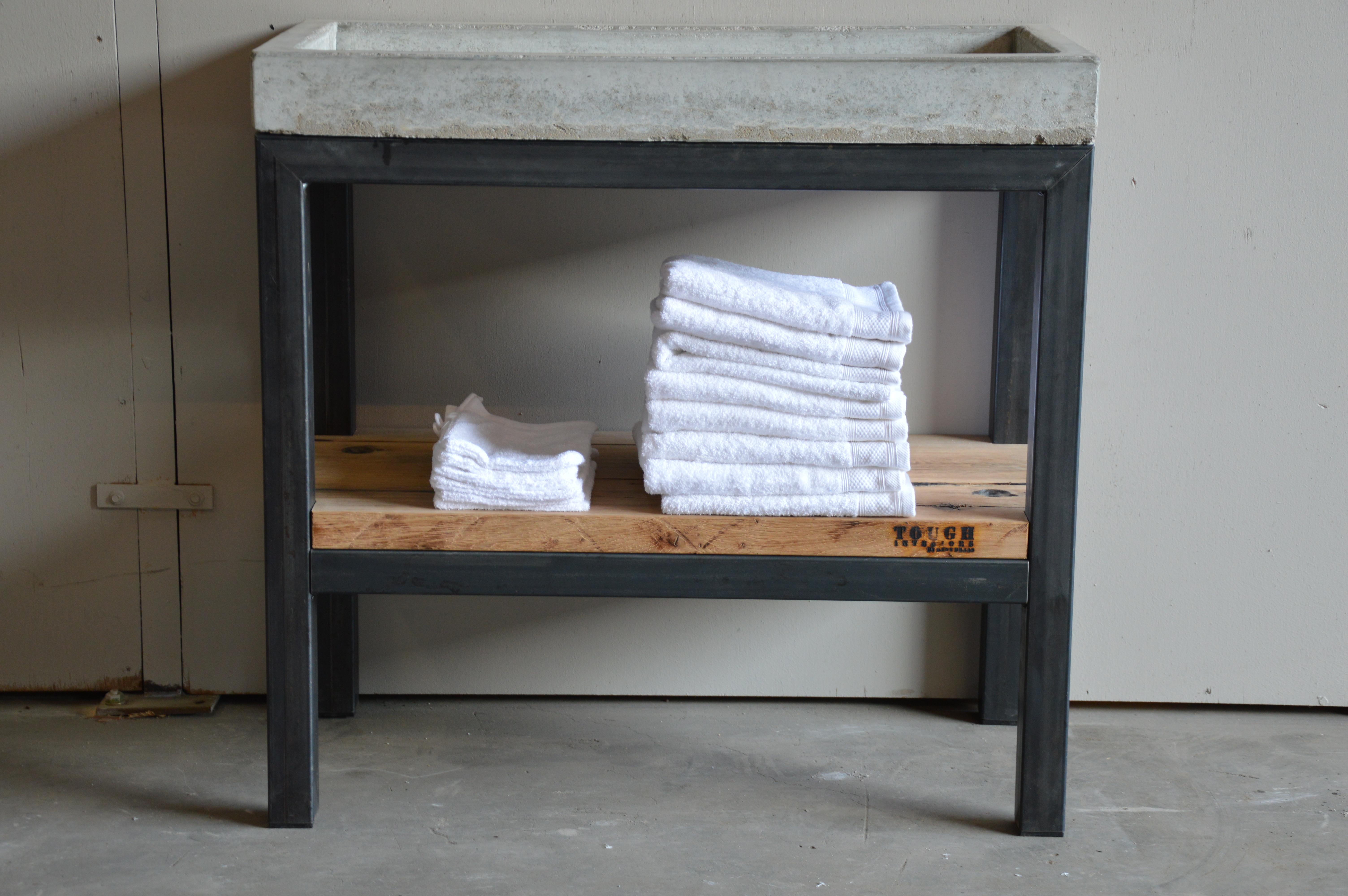 Wastafel Van Beton : Wastafel beton en staal rene braas timmerwerken